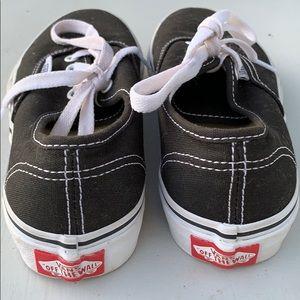 Vans Shoes - Girls Authentic Vans
